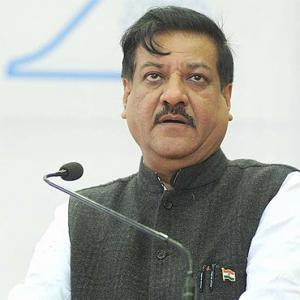 Chavan: From Centre's backroom to the Maha seat