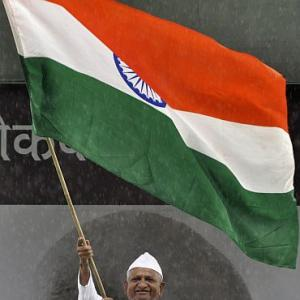 Anna issue: Cong fears losing the battle for minds