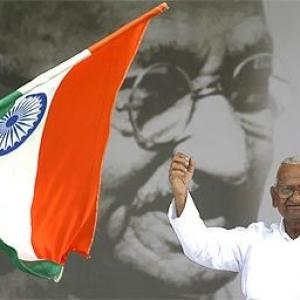 Get the Lokpal Bill passed or go: Hazare to govt