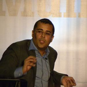 When Chetan Bhagat locked horns with Pak literary greats