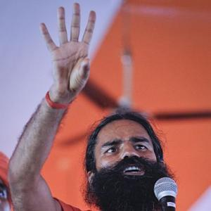 Baba Ramdev launches fast against corruption