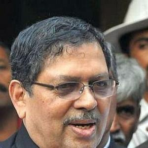 Expect watered down version of Lokpal Bill: Hegde