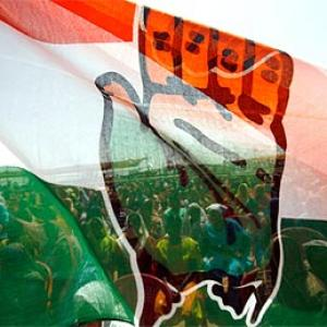 Cong's media blitz to publicise food ordinance, development