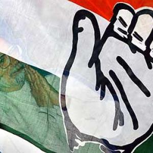Cong leaders have put party on life support in Maharashtra
