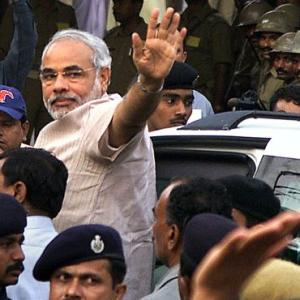 SIT clean chit to Modi despite variations in its 2 reports