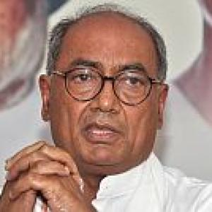 Digvijay Singh gets bail in Gadkari defamation case