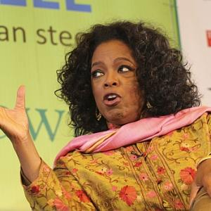 Day 3: Live Oprah at Jaipur, Rushdie ghost haunts fest