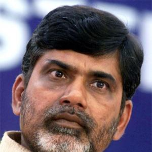 Immobilisimo in Andhra! Naidu attacks Sonia using Italian