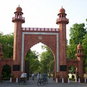 AMU row: Centre to withdraw UPA's appeal, push for non-minority status