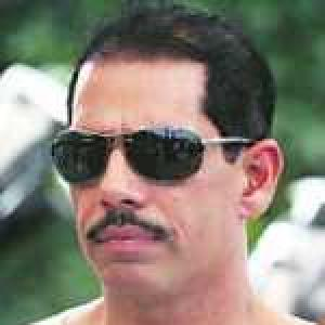 Why the Congress must not defend Robert Vadra