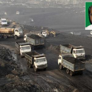 'Coal loot took place under PM's nose, he looked away'