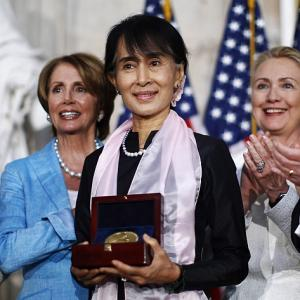 PICS: Suu Kyi receives Congressional gold medal