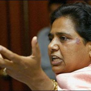 Will teach a lesson to SP 'goons', fumes Mayawati