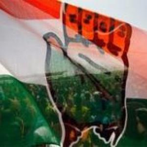 Karnataka: Now Congress makes tall promises
