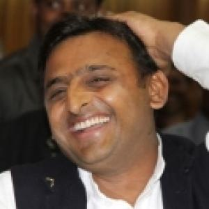 Akhilesh defends decision to suspend IAS officer