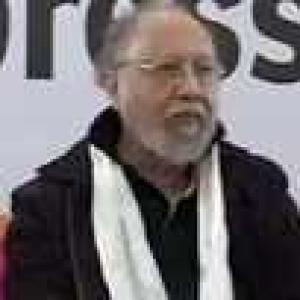 Anti-Dalit remark: SC stays arrest of Ashis Nandy