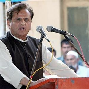 Modi is not PM material: Ahmed Patel