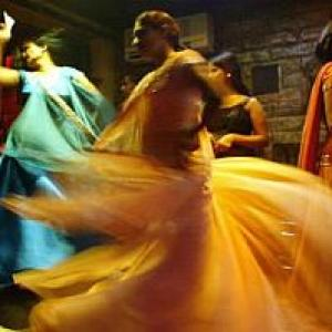 SC dance bar verdict leaves Maharashtra parties fuming