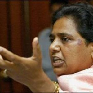 Mayawati sounds poll bugle, highlights 'jungle raj', false promises to woo voters