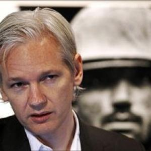 WikiLeaks founder Assange has heart, lung problem