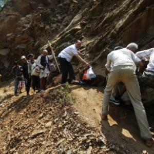 50 major landslides hit four road stretches in Uttarakhand