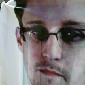 US asks Russia to expel Snowden without delay