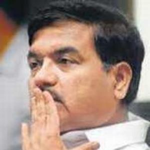 R R Patil orders probe into attack on Salem in jail