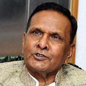 Beni fires fresh salvo, says Mulayam cheated minorities