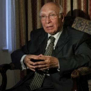 Don't expect much from Indo-Pak talks in January: Sartaj Aziz