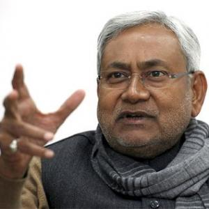 Nitish under fire as farmers suffer in drought-hit Bihar