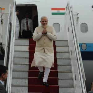 Modi enjoys simple vegetarian lunch of dal, chapati in Nepal