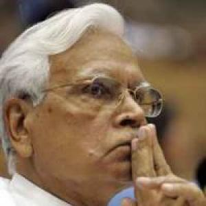 Why Natwar Singh's 'disclosures' sound hollow