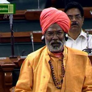 BJP MP Sakshi Maharaj apologises for calling Godse a patriot