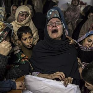 After 8 bloody hours and 135 deaths, Pakistan school siege ends
