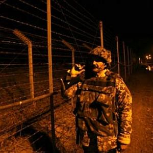 Thirsty Pak boy crosses IB in search of water, BSF returns him to Rangers