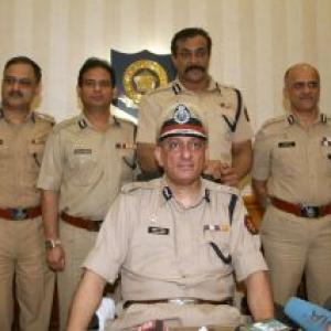 Rakesh Maria takes charge as Mumbai police commissioner