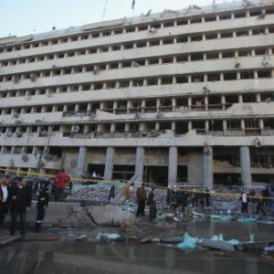 6 killed, scores injured as deadly blasts hit police in Cairo