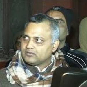 Was not aware of procedures: Somnath Bharti on midnight raid