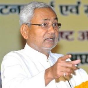 All riots a blot on country, says Nitish, refuses to buy Rahul's stand