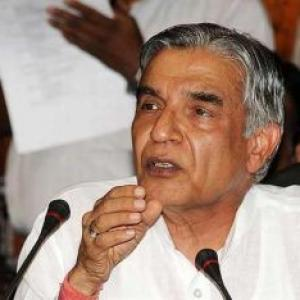 Unfair to call Bansal tainted: Cong