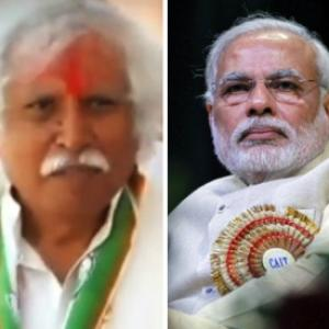 He served tea, I am a mason, says the man facing Modi at home