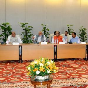 PM speaks to CMs on quake, calls high-level meeting