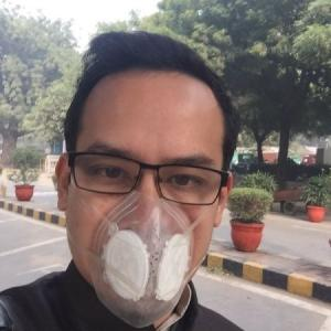 Wearing a mask to Parliament, this Congress lawmaker made a statement