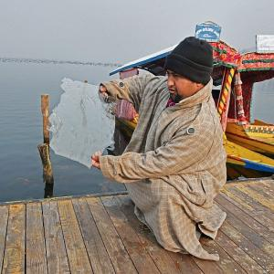Kashmir enters the harshest duration of winter