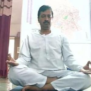 Yoga for Kejri, langar for Bedi: What netas do before Delhi polls