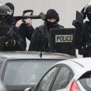 PHOTOS: 2 Charlie Hebdo attack suspects located in North France