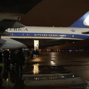 US President Barack Obama leaves for India