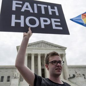 Historic day in US as Supreme Court legalises gay marriage