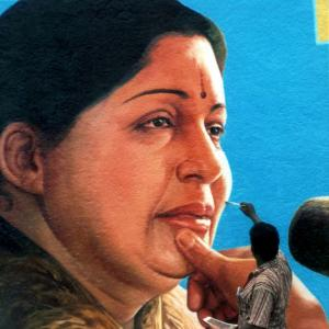 Jayalalithaa acquitted in assets case, set to return as Tamil Nadu CM