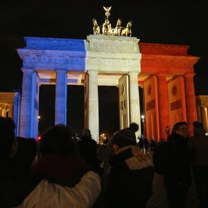 PHOTOS: World stands with France after Paris terror attacks